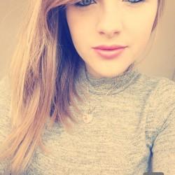 Rebecca Tia