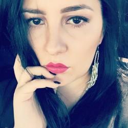 Amalia Dobos
